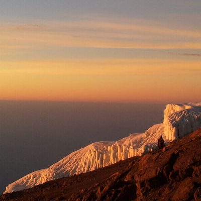 kilimanjaro-climbing-company-sunrise-header